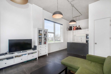 expKitchen - Living Room (2)