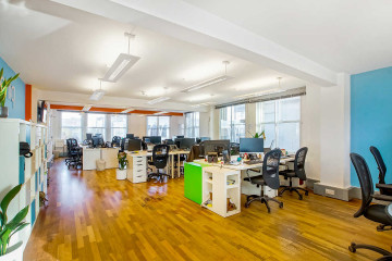 River House, open plan office on 143-145 Farringdon Road, Clerkenwell, let by Anton Page