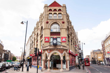 Commercial property exterior on 40 Great Easter Street, Shoreditch, London let by Anton Page
