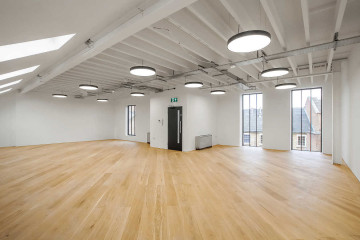 Commercial property office floor to ceiling windows, Rivington Studios, 1 Bath Place, Shoreditch, let by Anton Page